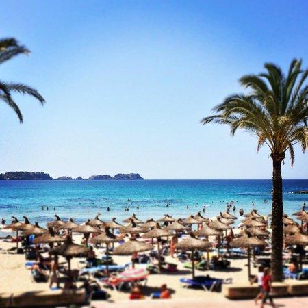 Maritim Hotel Galatzo : nearest beach to hotel