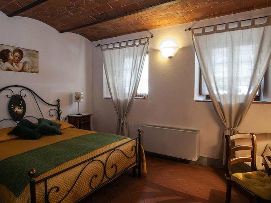 Borgo Lecchi B&B : La camera Ginestra