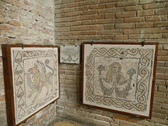 Basilica di S. Giovanni Evangelista : Остатки старой мозаики