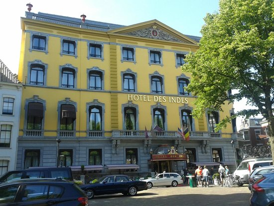 Hotel Des Indes, a Luxury Collection Hotel: The hotel from Lange Voorhout