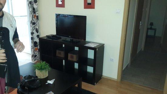 Nova Apartments: sala principal