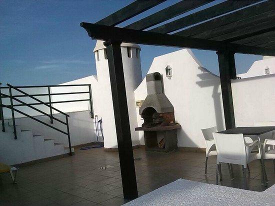 Apartamentos Paraiso Playa: Solarium y piscina privada