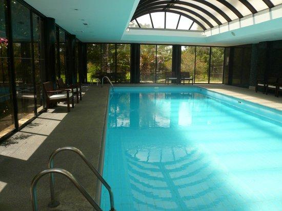 Grecian Bay Hotel: piscine  intérieure