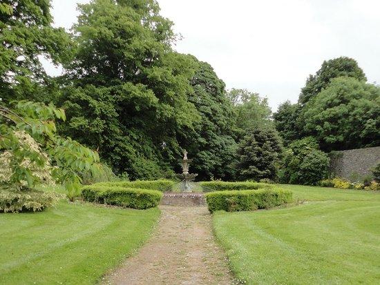 Sion Hill House: garden
