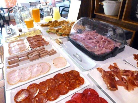 Hotel Nou Roma: Desayuno