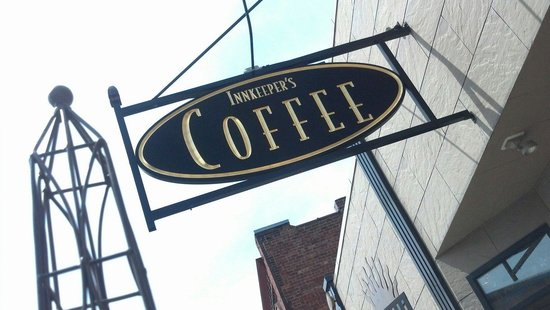Innkeeper's Roasted Coffee: Excellent vanilla latte. A wonderful establishment in Galesburg.