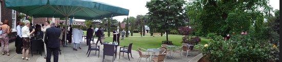 Best Western Plus West Retford Hotel: The wedding garden!