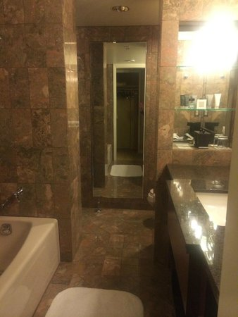 JW Marriott San Francisco Union Square: Amazing Bathroom