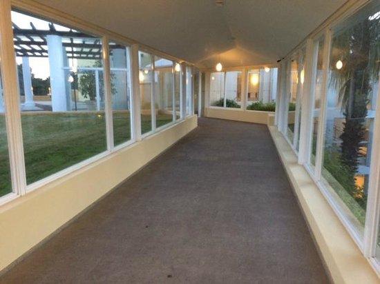 Punta Del Este Resort & Spa: Pasillo hacia el Casino y SPA