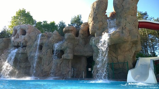 Moose hillock camping resort prices campground reviews fort ann ny tripadvisor for Letchworth swimming pool prices