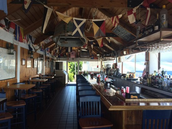Bar area at Tugboats. Half a dozen draught beers including Stella and Yuengling.