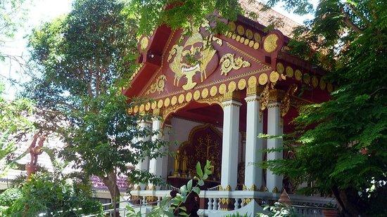 Wat Khunaram (Mummified Monk): sala di preghiera per i monaci