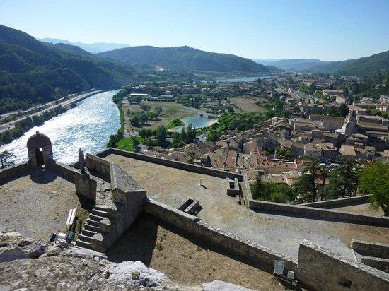 Camping Le Clos du Jay : Sisteron vue de la citadelle