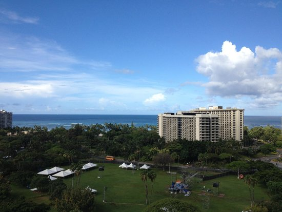 Luana Waikiki Hotel & Suites : やはり高層階が良いです。