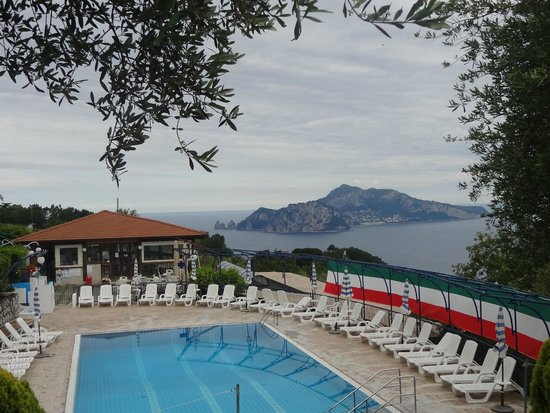 Residence Gocce di Capri: Capri e la piscina