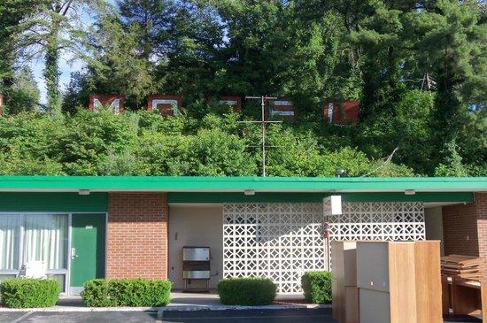 Alpine Motel: letters