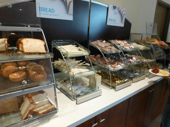Holiday Inn Express Hotel & Suites San Francisco Fisherman's Wharf: Breakfast Selections