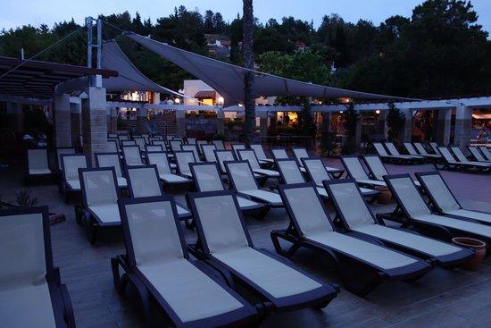 Pine Bay Holiday Resort: piscine