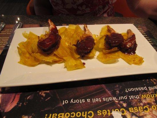 Fundación Casa Cortés: Shrimp with Chocolate Sauce