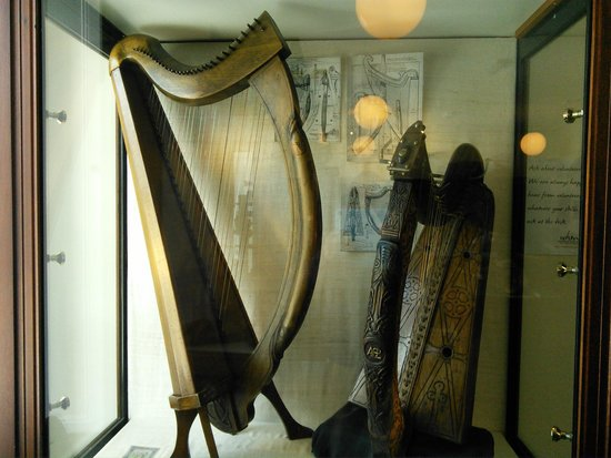 West Highland Museum : Harp