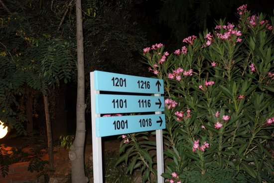 Pine Bay Holiday Resort: les numéros de chambre en bas