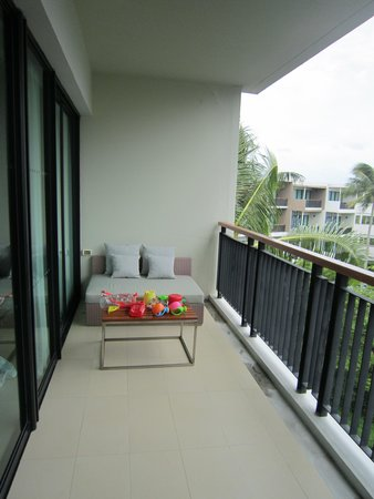 Holiday Inn Phuket Mai Khao Beach Resort: Balcony