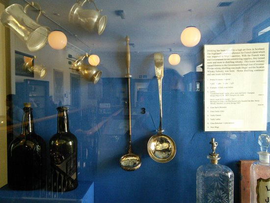 West Highland Museum : Wine Making