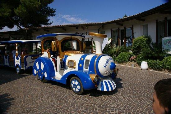 Hotel Scoglio della Galea: Паровозик
