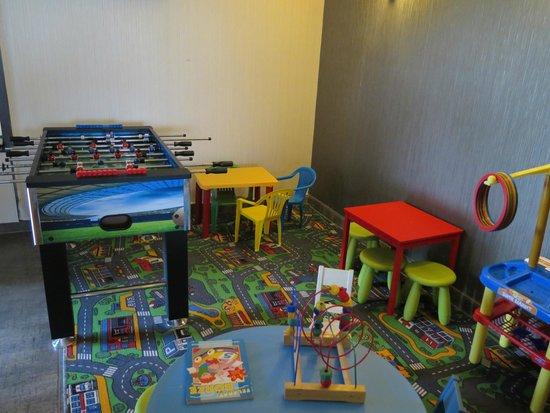 Caramell Premium Resort Superior: Play corner