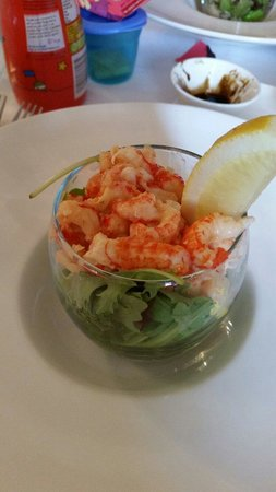 THE OLIVE BRANCH BISTRO : Cray fish mango and melon starter. Yummy