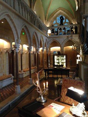 Abbaye de la Bussiere : Reception