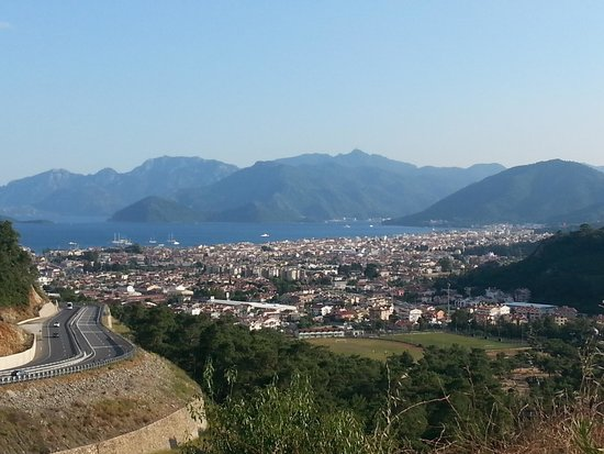 Ideal Pearl Hotel : marmaris from hill top
