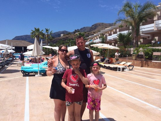 Holiday Village Tenerife: Near the quiet pool
