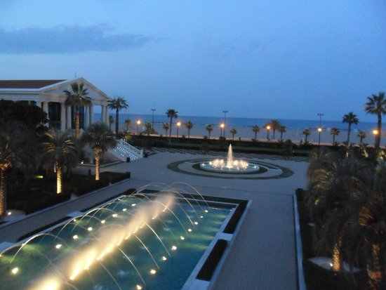 Hotel Las Arenas Balneario Resort: Hotel fountains