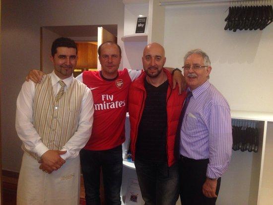 Bardolino: Italian crew!