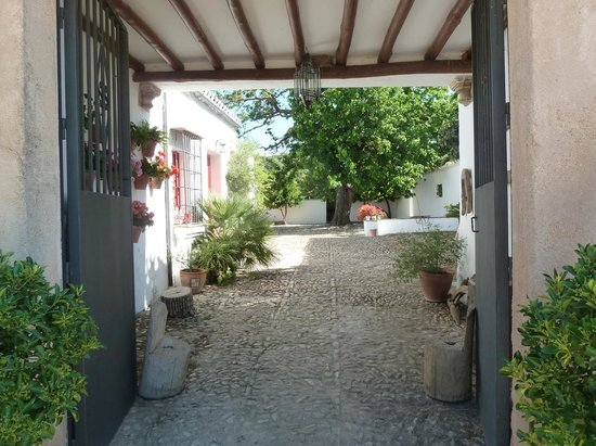 Cortijo de Las Piletas: Welcome to Cortijo las Piletas