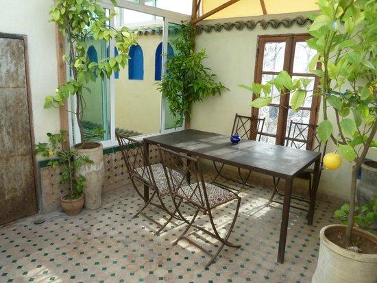 Dar Sienna: Terrasse 1