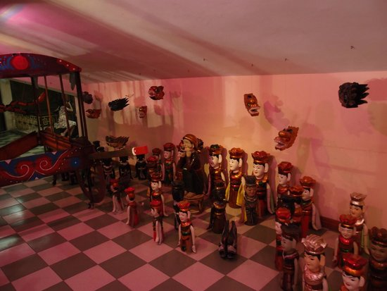 Thang Long Water Puppet Theater: Exhibition of water puppet equipment in the theater