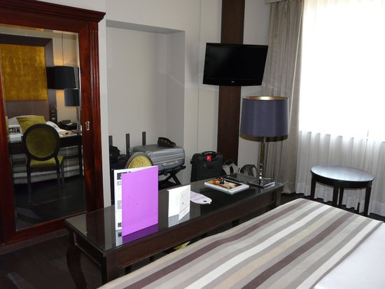 Ayre Hotel Astoria Palace: Zimmer Superior