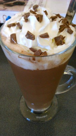 Cafe Destiny: Luxury Hot Chocolate! Yummy!