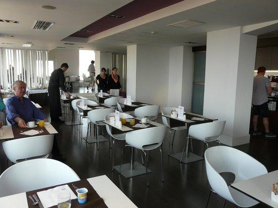 Ayre Hotel Astoria Palace: Frühstücksraum