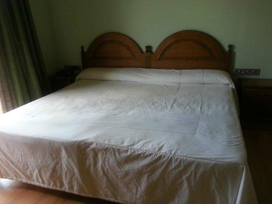 Los Nogales: habitación