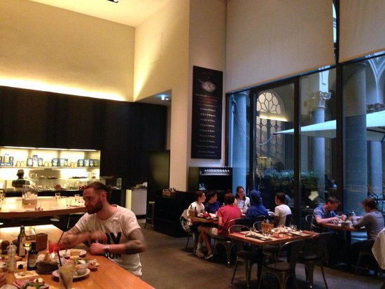 Obica Mozzarella Bar: The interior tables