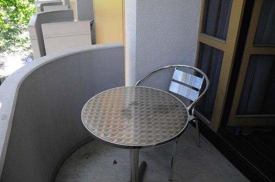 Leonardo Hotel & Residence München: Balkon