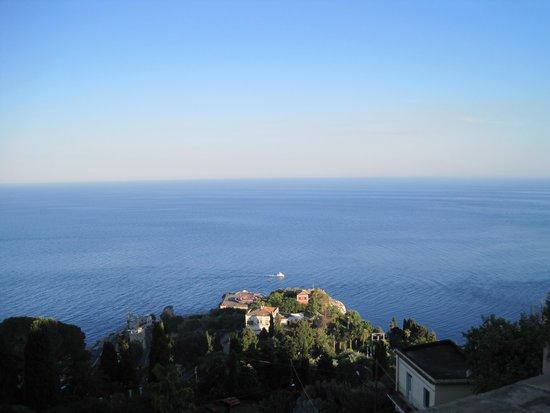 Hotel Villa Carlotta: Sea view from roof top restaurant