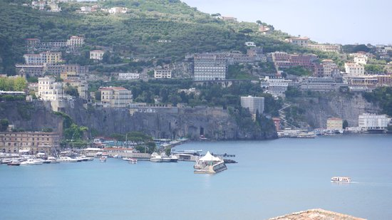 Hotel Corallo Sorrento : view fom balcony