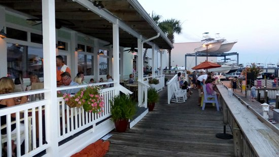 Shipp's Harbour Grill : Pier to the right, Shipp's Harbour to the left.