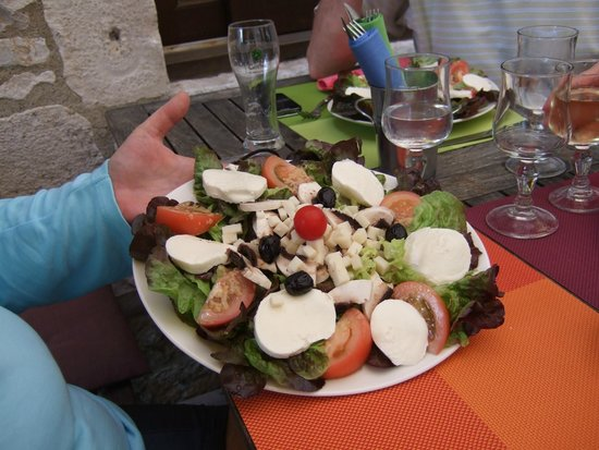 Le Prieure: Salade Quercynoise