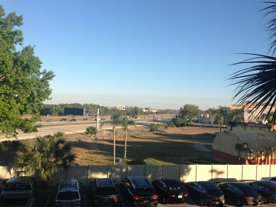 Rosen Inn at Pointe Orlando : vista do quarto que ficamos