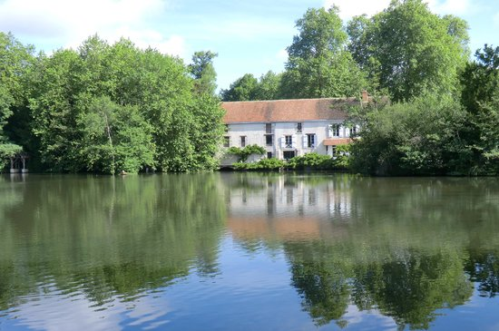 Moulin St Julien from the opposite bank